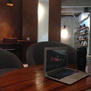 Foto 4 - Interior di Monsoon Cafe oleh Nathanael Bramwell