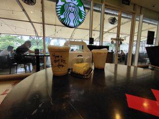 Foto 2 - Makanan di Starbucks Coffee oleh dwisuhar