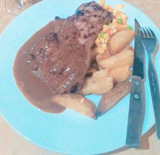 Foto 2 - Makanan di Joni Steak oleh Ro vy