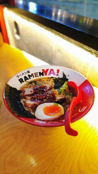 Foto - Makanan(Spicy Legendary Chicken Ramen) di RamenYA oleh Dyan Nitasari