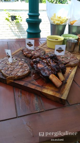 Foto review Dandy's Steak and Coffee House oleh Asasiani Senny 2