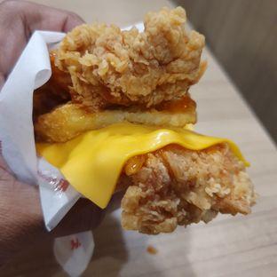Foto review KFC oleh Adhy Musaad 1