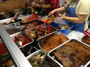 Foto 3 - Makanan di Lontong Medan Alay oleh awakmutukangmakan