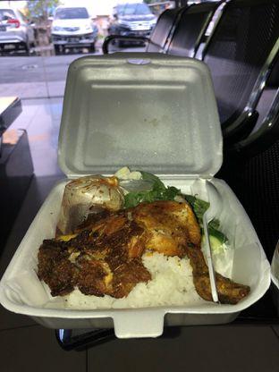 Foto 2 - Makanan di Ayam Goreng Karawaci oleh Mitha Komala