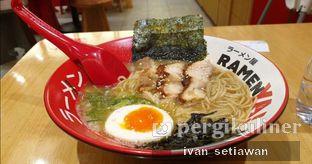 Foto - Makanan(Legendary Chicken Ramen) di RamenYA oleh Ivan Setiawan