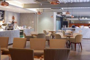 Foto 14 - Interior di Hiveworks Co-Work & Cafe oleh yudistira ishak abrar