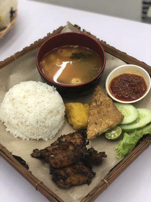 Foto 1 - Makanan di Satu Dunia Satu Cinta oleh Vionna & Tommy