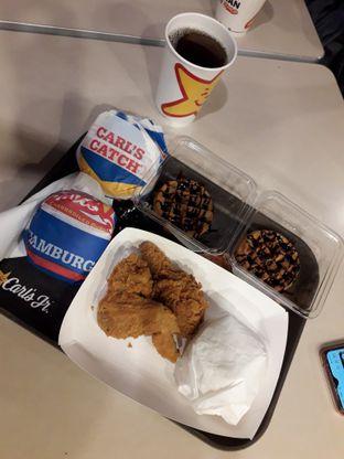 Foto 5 - Makanan di Carl's Jr. oleh inri cross