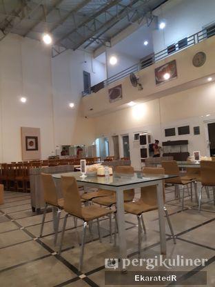 Foto 5 - Interior di Waroeng Kampoeng Seafood & Ropang oleh Eka M. Lestari