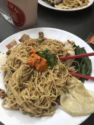 Foto 1 - Makanan di A Paw Noodle House oleh Nanakoot