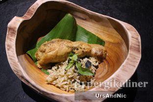 Foto 23 - Makanan(Paha ayam dan nasi bakar) di Namaaz Dining oleh UrsAndNic