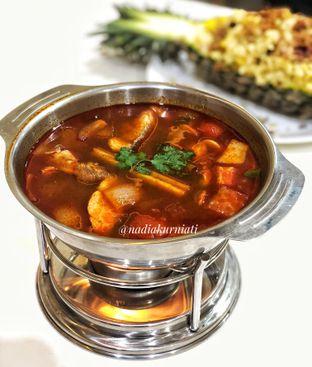 Foto 1 - Makanan(Tomyum) di Aroi Phochana oleh Nadia  Kurniati