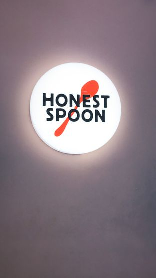 Foto 1 - Interior di Honest Spoon oleh Riris Hilda