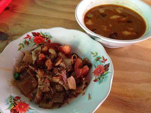 Foto 3 - Makanan di Soto Betawi Djimat oleh awakmutukangmakan