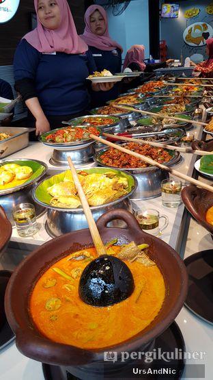 Foto 7 - Makanan di Nasi Kapau Juragan oleh UrsAndNic