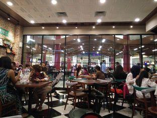 Foto 3 - Interior di The Kitchen by Pizza Hut oleh feby