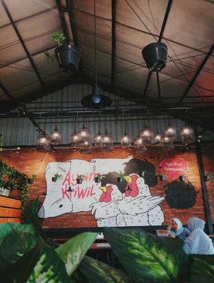 Foto 1 - Interior di Ayam Kriwil oleh Meyrani Putri