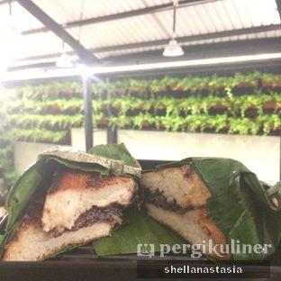 Foto 4 - Makanan(Roti Bakar Selimut Hijau Belgia Sapi Bahagia) di Dapoer Roti Bakar oleh Shella Anastasia