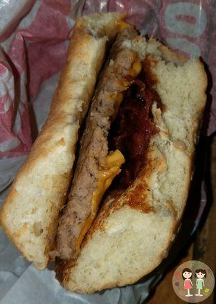 Foto 2 - Makanan di Burger King oleh Jenny (@cici.adek.kuliner)