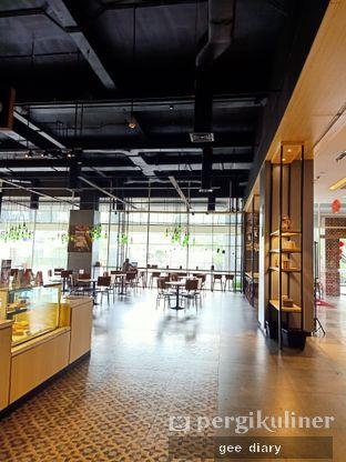 Foto 6 - Interior di Cozyfield Cafe oleh Genina @geeatdiary