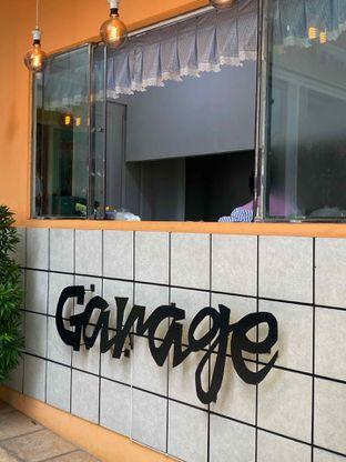 Foto 21 - Eksterior di Garage Cafe oleh Levina JV (IG : @levina_eat & @levinajv)