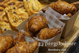 Foto 4 - Makanan di Tous Les Jours Cafe oleh @foodiaryme | Khey & Farhan