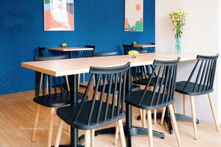 Foto 4 - Interior di Ardent Coffee oleh Indra Mulia