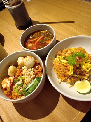 Foto 1 - Makanan di Khao Khao oleh vio kal