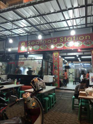 Foto 8 - Interior di Seafood Station oleh Nanakoot