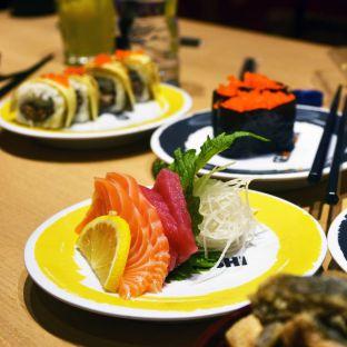 Foto 1 - Makanan(Shasimi) di Genki Sushi oleh Desanggi  Ritzky Aditya