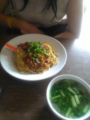 Foto 3 - Makanan di Bakmie Aloi oleh Agus Setiabudi
