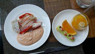 Foto 6 - Makanan di The Cafe - Hotel Mulia oleh Wiliem Prayogo