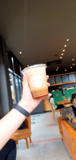 Foto review Starbucks Coffee oleh Yohanacandra (@kulinerkapandiet) 8