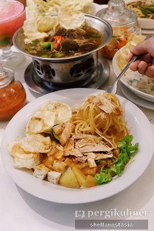 Foto 2 - Makanan(Asinan Juhi) di Kafe Betawi First oleh Shella Anastasia