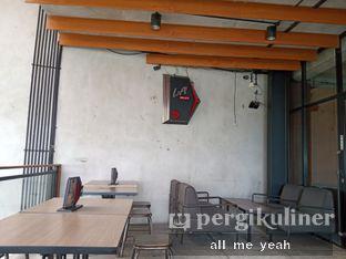 Foto 9 - Interior di Beranda Depok Cafe & Resto oleh Gregorius Bayu Aji Wibisono