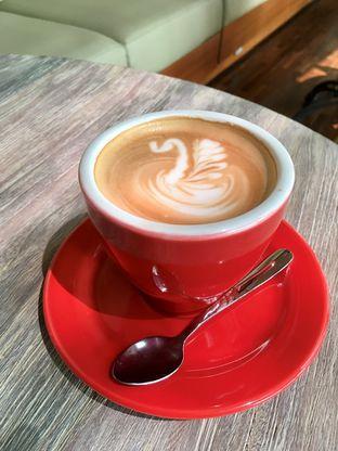 Foto 20 - Makanan di Kode-in Coffee & Eatery oleh Prido ZH
