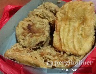 Foto 1 - Makanan di Raja Pisang Goreng Ameng oleh Selfi Tan