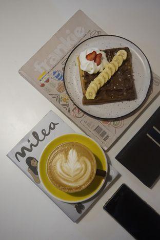 Foto 10 - Makanan di BROWNFOX Waffle & Coffee oleh yudistira ishak abrar