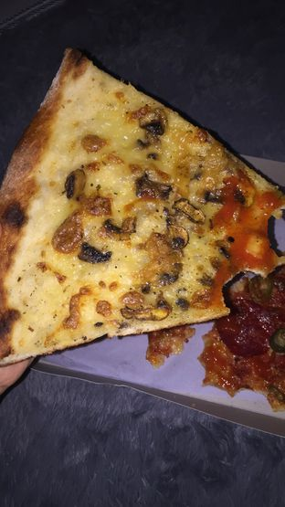 Foto review Pizza Place oleh Anisa  4
