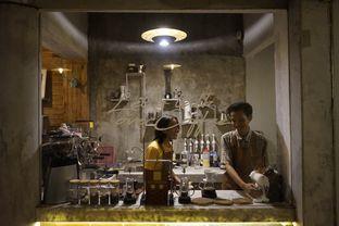 Foto 5 - Interior di Mokapot Coffee Talk oleh yudistira ishak abrar