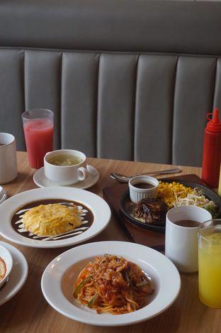 Foto 17 - Makanan di Food Days oleh yudistira ishak abrar
