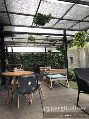 Foto 6 - Interior di Sleepyhead Coffee oleh Oppa Kuliner (@oppakuliner)