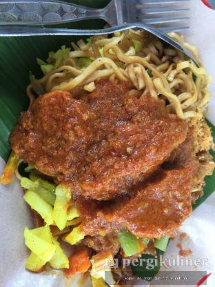 Foto 4 - Makanan di Nasi Kuning Pojok Pasar Pucang oleh @mamiclairedoyanmakan