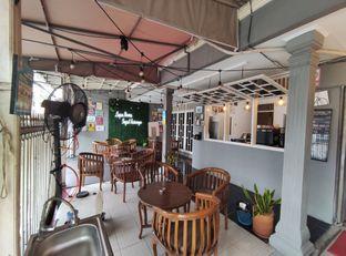 Foto 2 - Interior di Dulu Kala Coffee & Barbershop oleh aftertwentysix 27