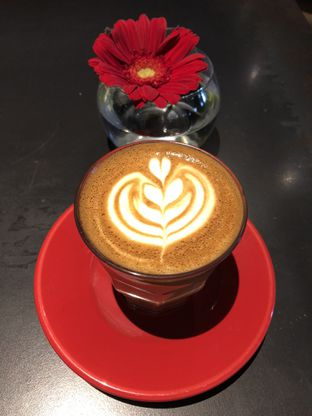 Foto 4 - Makanan(Cafe Latte) di Tanamera Coffee Roastery oleh Patricia.sari