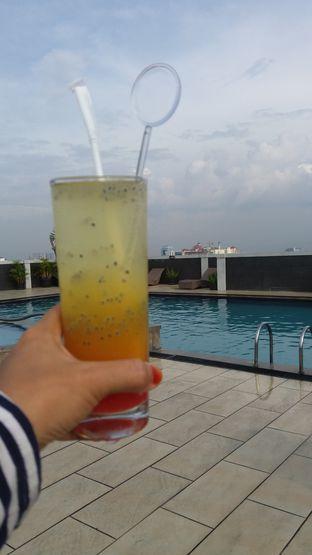 Foto review Pacific Restaurant - Hotel Grand Pacific oleh Mina Wahyuni 3