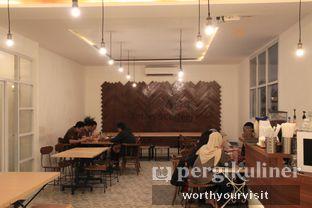 Foto 4 - Interior di 404 Eatery & Coffee oleh Kintan & Revy @worthyourvisit