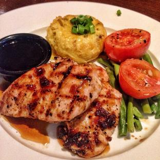 Foto 1 - Makanan di TGI Fridays oleh Astrid Huang | @biteandbrew