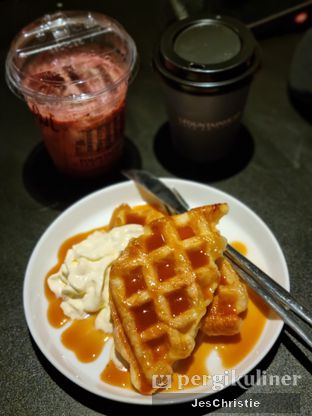 Foto review Fountain Head Cafe & Co'Living oleh JC Wen 1