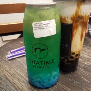 Foto 4 - Makanan(Popcan blue paradise with coconut jelly) di Chatime oleh duocicip
